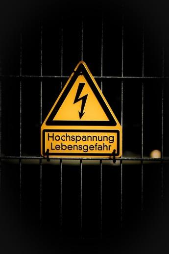 high-voltage-1010600_960_720